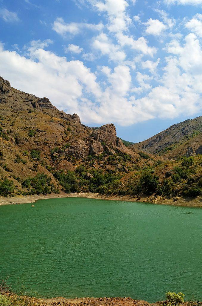 Крым. Озеро.